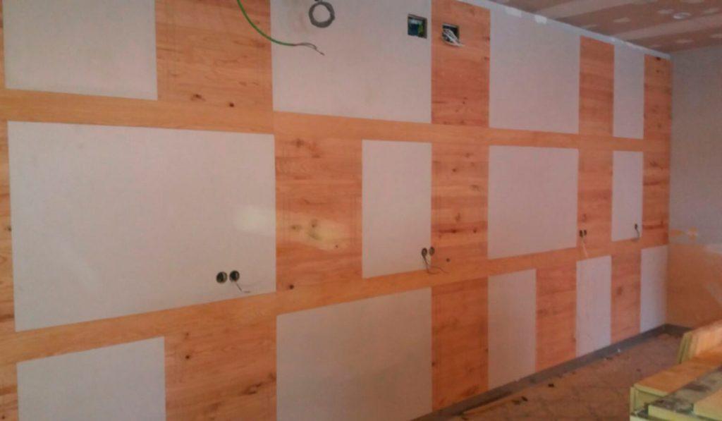 Foto de carpinteria instalación y diseño de trabajos en madera de Sala de Juegos en Mérida 03