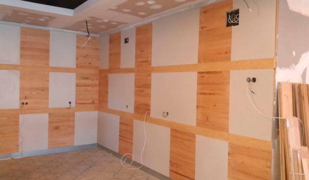 Foto de carpinteria instalación y diseño de trabajos en madera de Sala de Juegos en Mérida 04