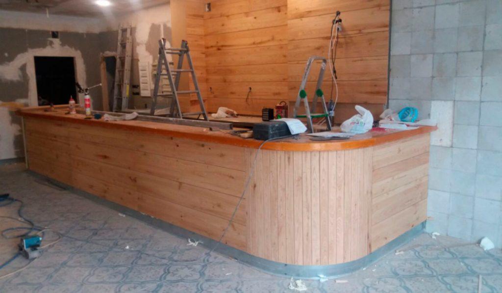 Foto de carpinteria instalación y diseño de trabajos en madera de Sala de Juegos en Mérida 07
