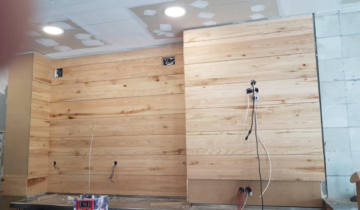 Foto de carpinteria instalación y diseño de trabajos en madera de Sala de Juegos en Mérida 09