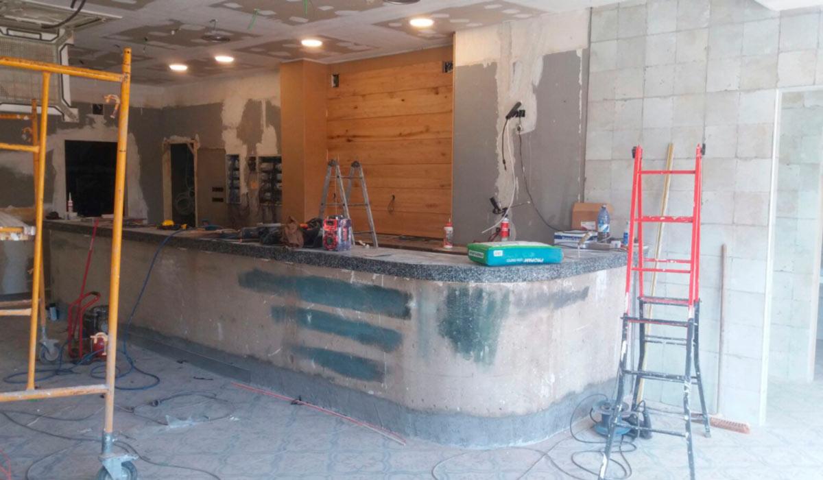 Foto de carpinteria instalación y diseño de trabajos en madera de Sala de Juegos en Mérida 06